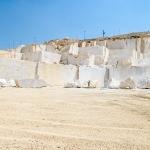 queen-beige-marble-quarry-gal-2